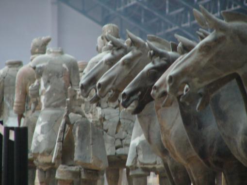 秦始皇陵墓 出土珍贵文物5万多件