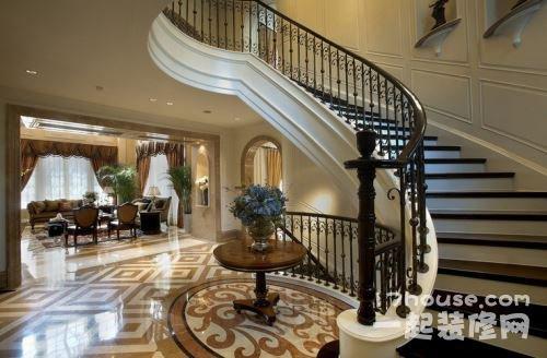 而且在房子装修图中,房屋楼梯设计往往也起着重要的点缀作用.