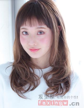 日系方脸中发发型 轻松修颜还减龄