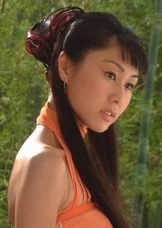 心疼许玮宁]心疼的图片_猪头传媒 2015 8月 林心如为许玮宁庆生晒合影