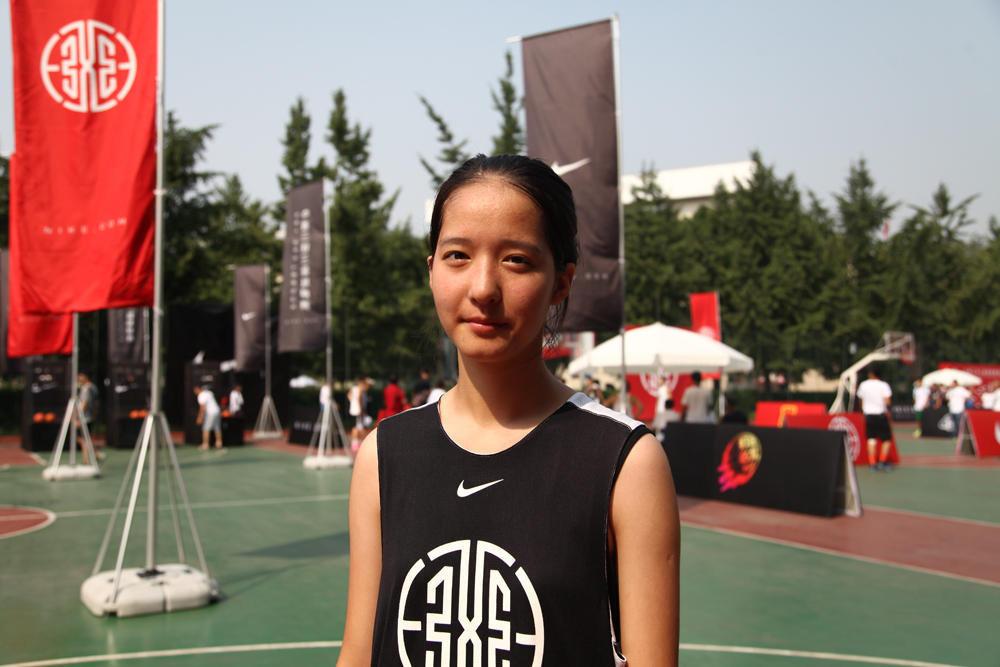 15岁萝莉发育器官 太原爵士舞街舞星期舞15岁萝莉变身女汉子模仿exo图片