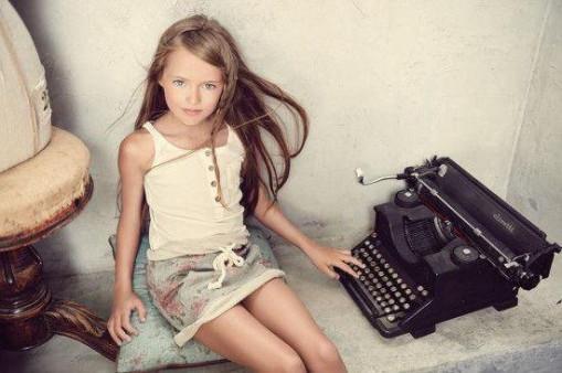 上最漂亮14岁女孩 美国11岁女孩 天籁高音惊艳 英国达人秀