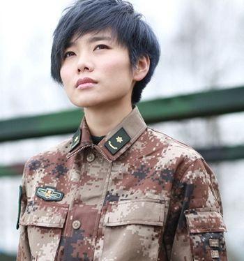 林志颖当兵照撞脸古天乐, 韩红当兵时候原来是清纯软妹子