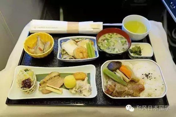 日本航空飞机餐的制作过程探访