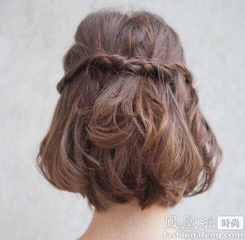适合小学生的丸子编发发型