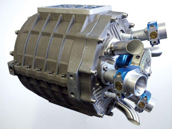 其次,气缸特殊的布置方式可以让整个发动机的结构变得紧凑,而这种进图片