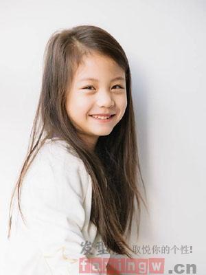 儿童女孩可爱发型 稚嫩纯净的世界