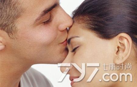 怎么样亲吻男人