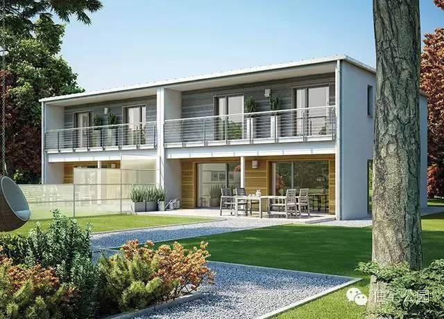 户型4:现代风格带露台两层半兄弟双拼别墅