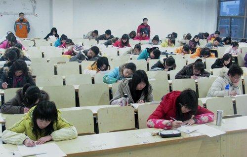 大学生英�yf����(K�_大学生英语六级考试阅读突击训练题及答案