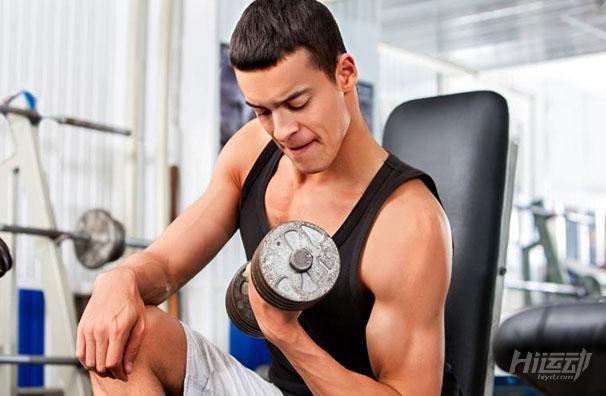 13个动作就能练成肌肉男